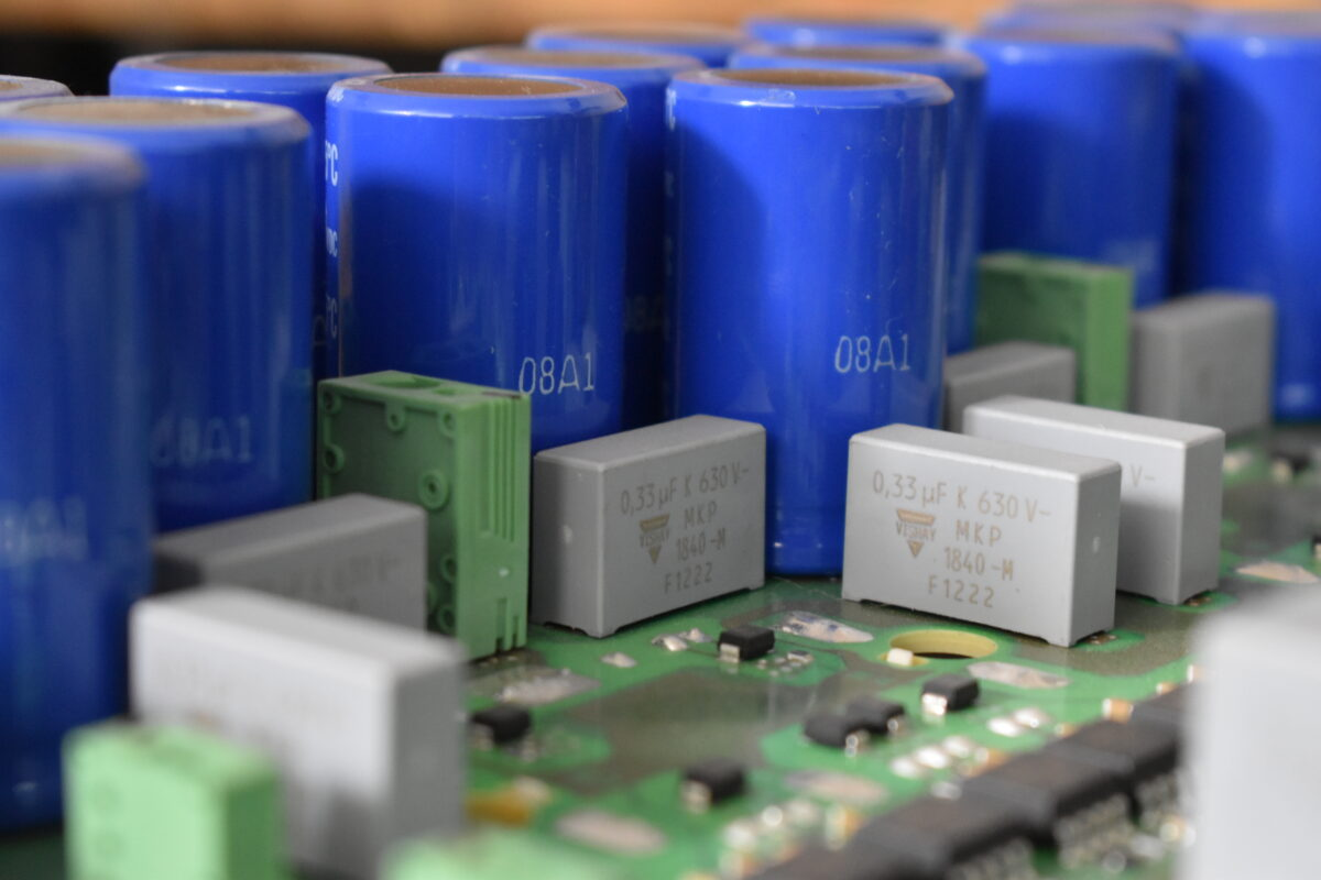 Inverter repair develops expertise